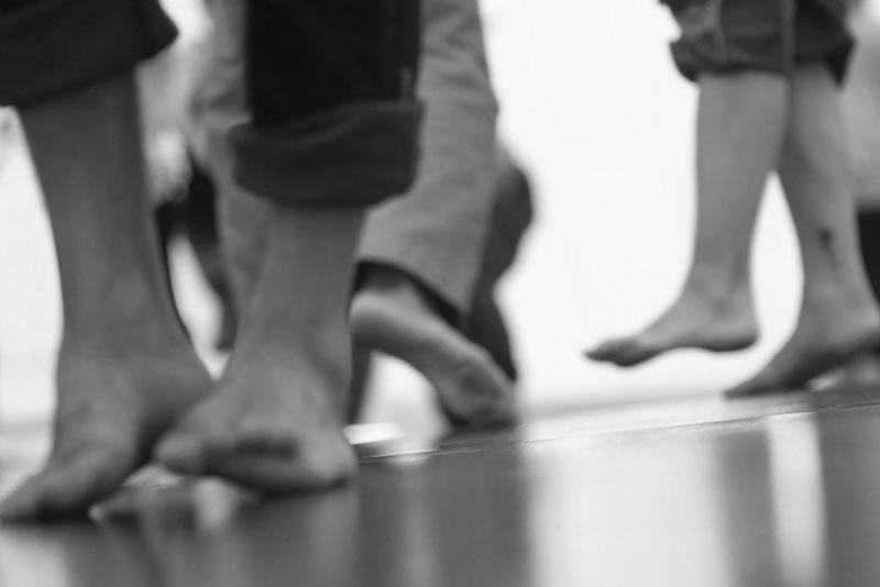 Feldenkrais Gruppenstunde Bewusstheit durch Bewegung